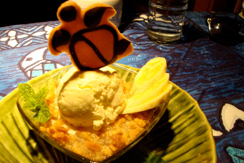 Banana Macadamia Nut Crisp