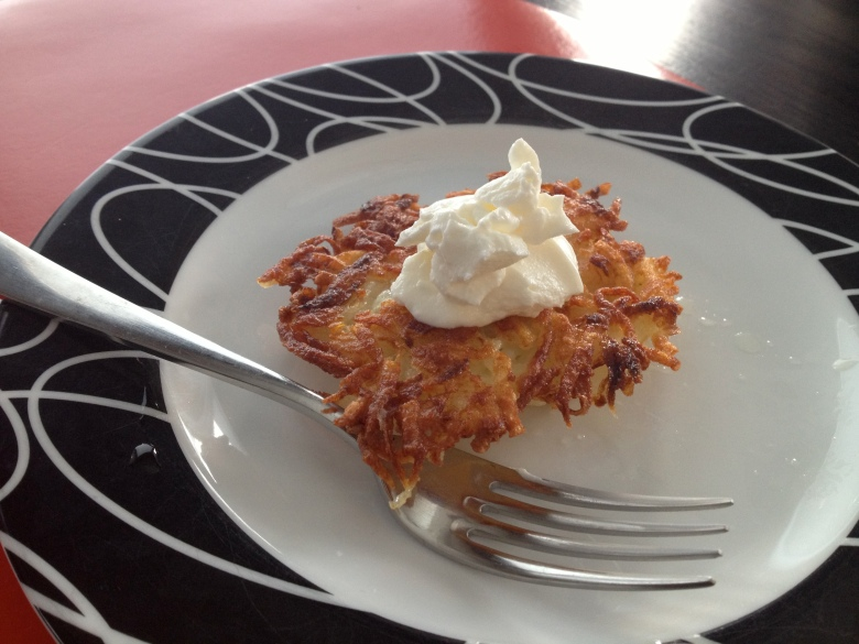 Latkes with sour cream