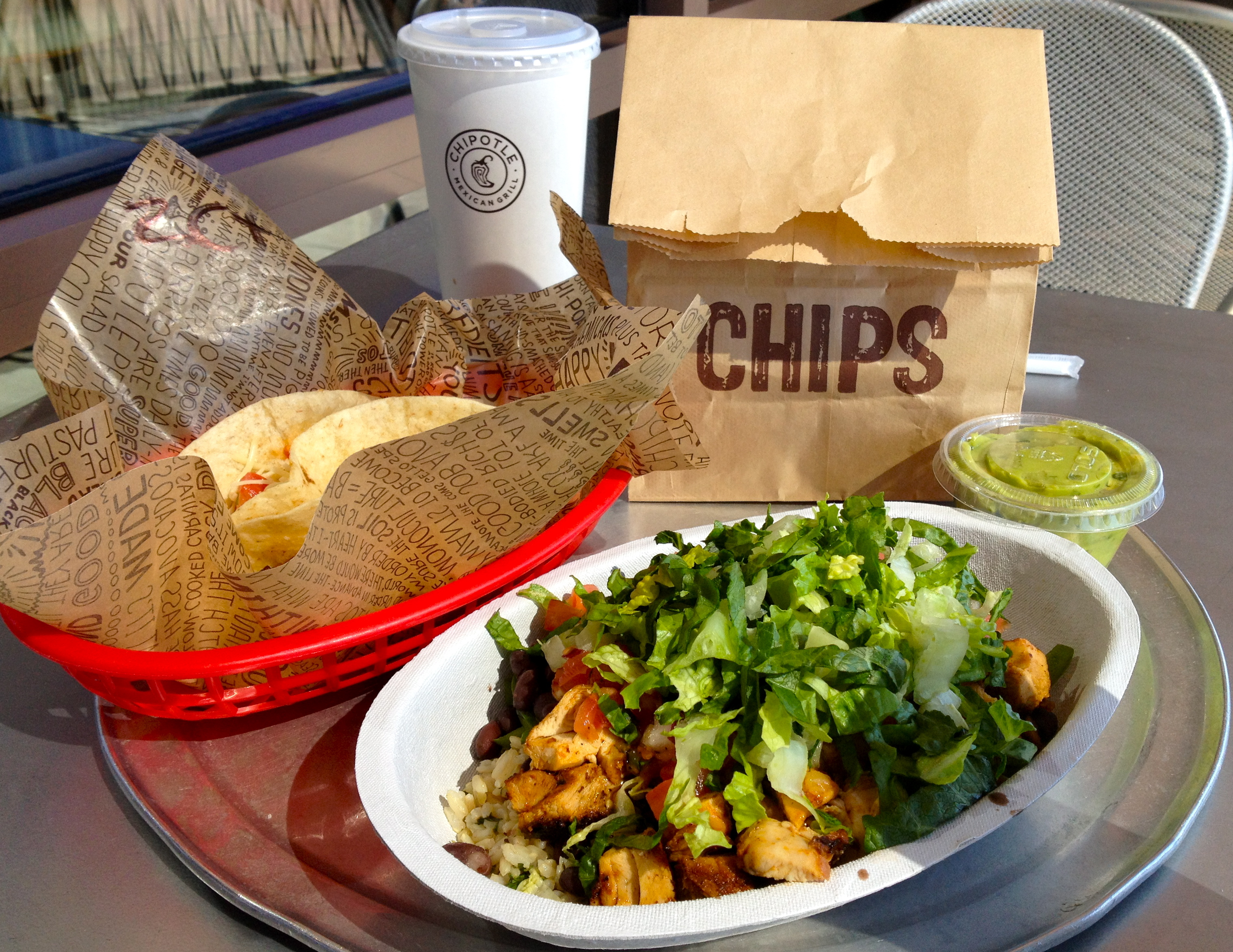 chipotle mexican grill Chipotle mexican grill unveils turnaround plan desserts are coming, along with  better digital ordering and tv ads lisa jennings | oct 26, 2016.