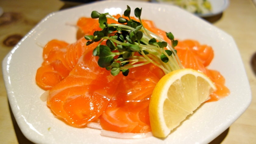 Salmon Sashimi and Maui Onions