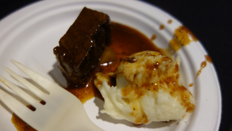 Braised Beef and Mashed Potatoes